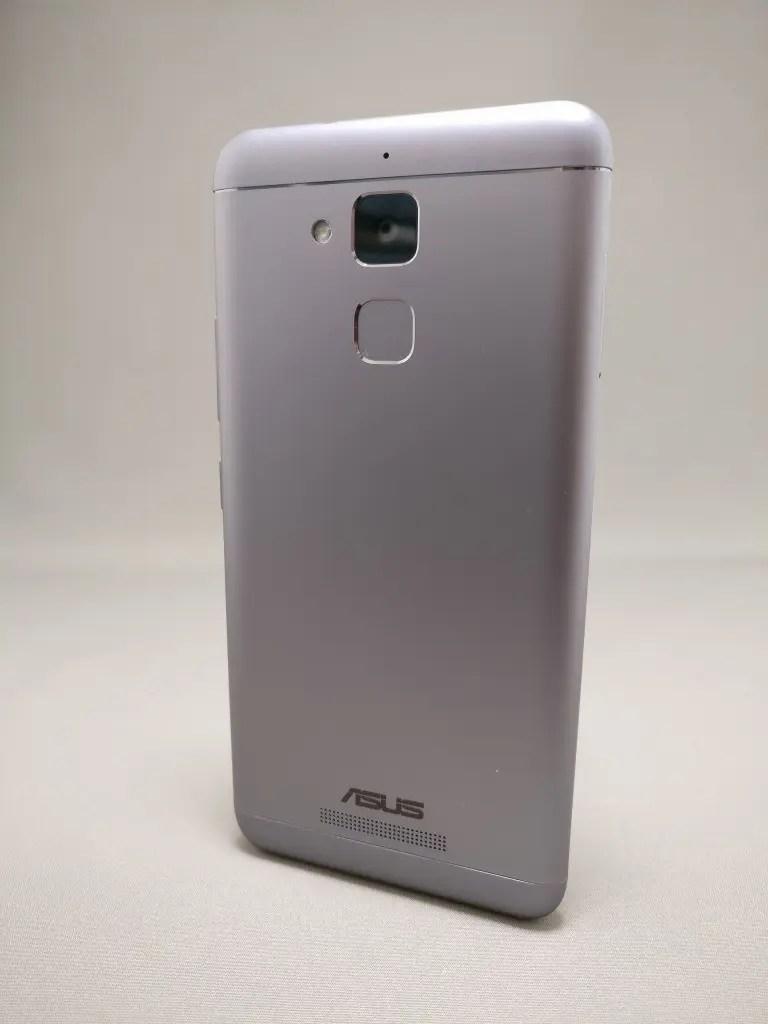 ASUS Zenfone Max 3 裏 11