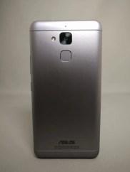 ASUS Zenfone Max 3 裏 4