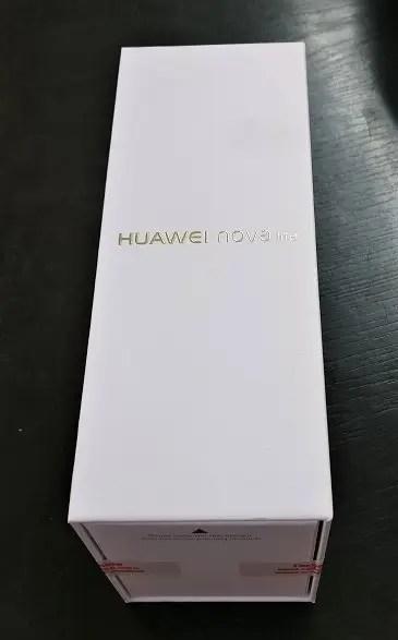 Huawei nova Lite 化粧箱 表