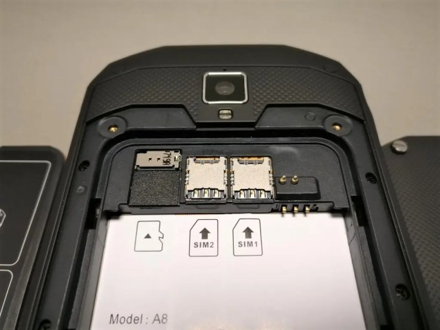 AGM A8 開封 SIM・MicroUSBスロット