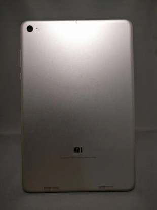 Xiaomi Mi Pad 3 裏正面 4