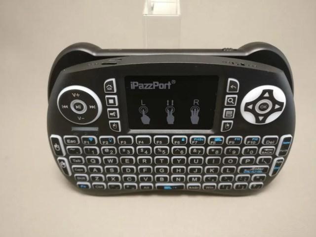 iPazzPort Mini Keyboard と MantisTek MK1 比較 サイズ