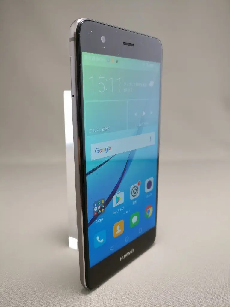 Huawei Nova 表 4