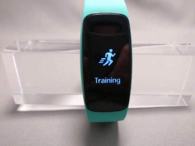 Makibes ID107 Plus スマート ブレスレット トレーニング