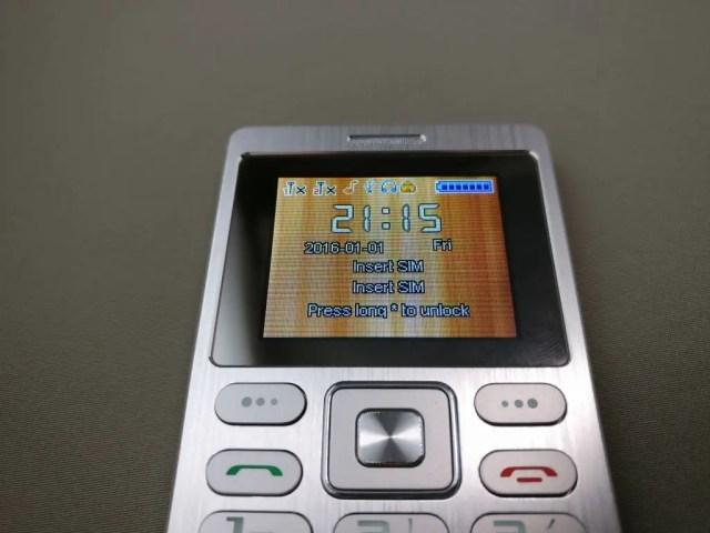 SATREND A10 GSM ミニカードフォン