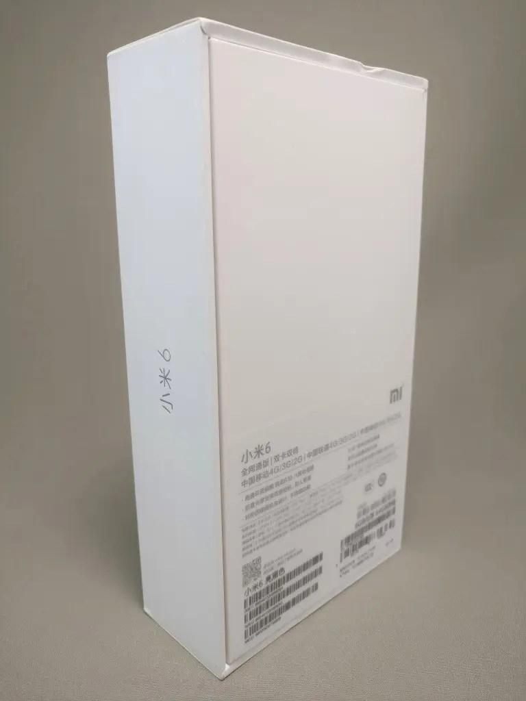 Xiaomi Mi6 化粧箱 裏 斜め