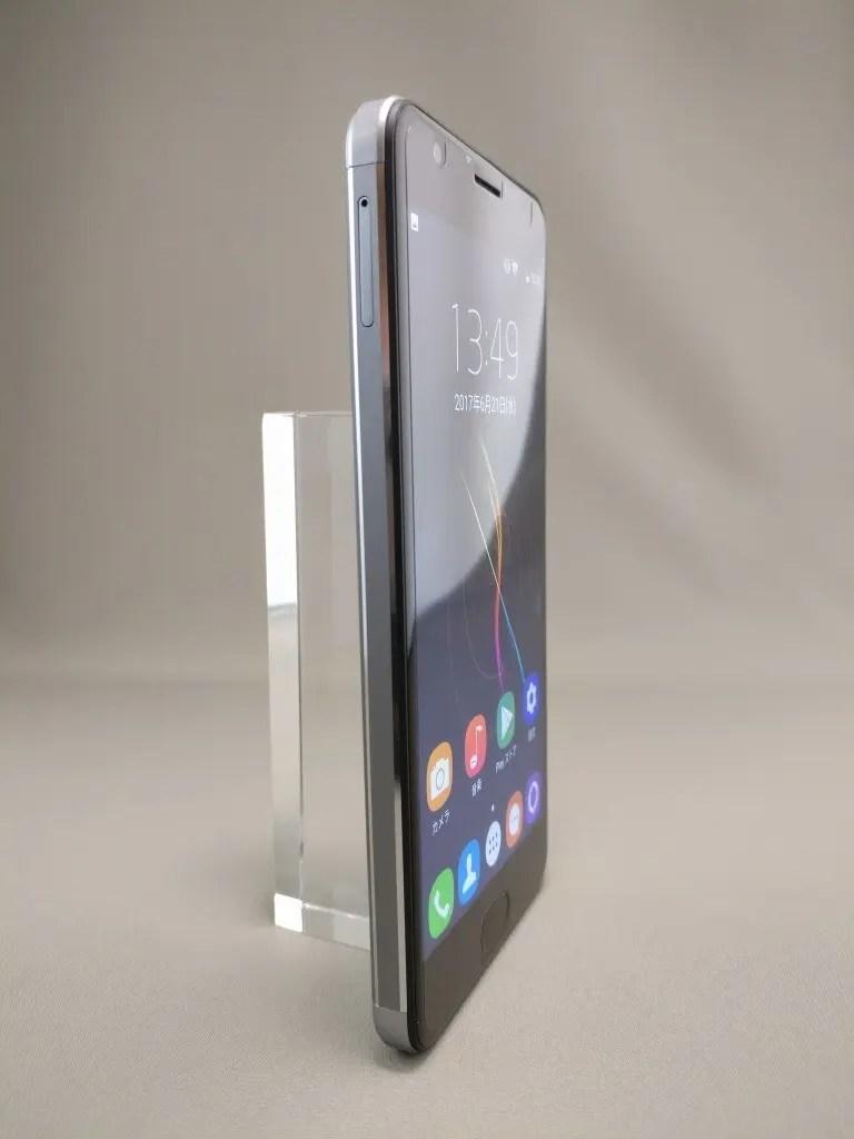OUKITEL K6000 Plus 表面5
