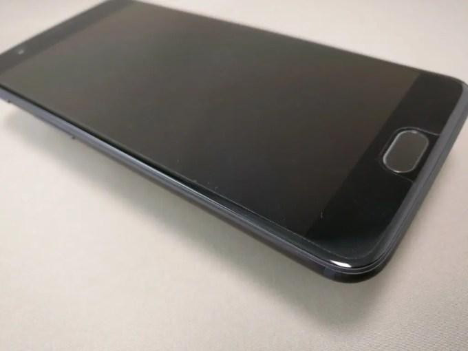 OnePlus5 開封  表 保護シート