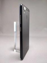 ASUS Zenfone Zoom S 裏2