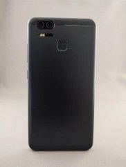 ASUS Zenfone Zoom S 裏面3