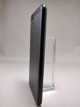 ASUS Zenfone Zoom S 裏14
