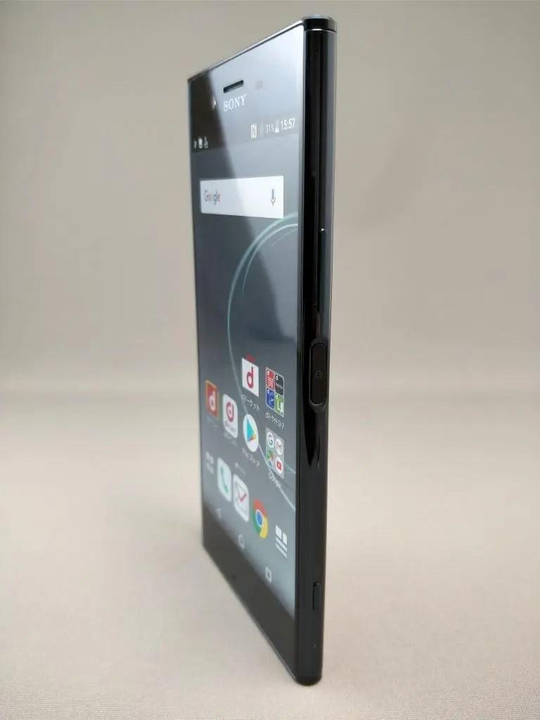 Xperia XZ Premium 表6