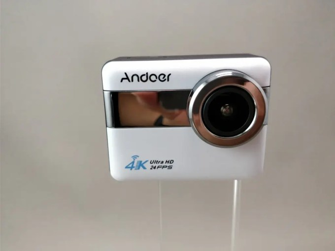 Andoer 4K タッチパネル式 アクションカメラ AN1 本体表