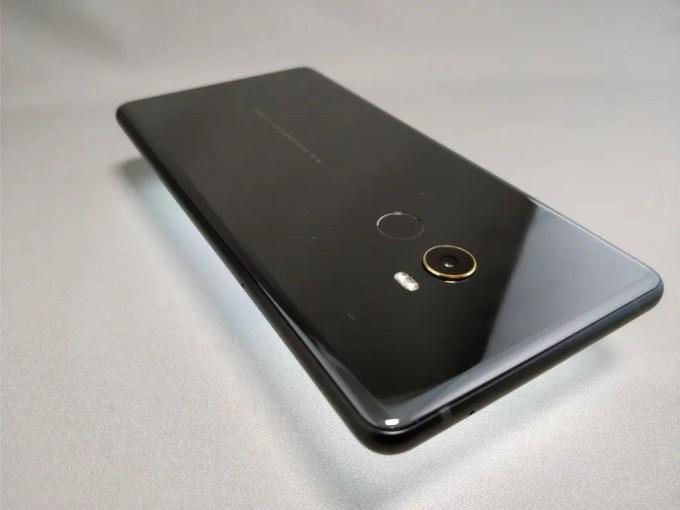Xiaomi Mi MIX 2 裏面 ラウンド