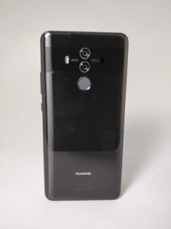 Huawei Mate 10 Pro 裏正面2