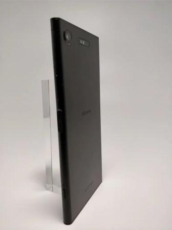 Sony Xperia XZ1 裏面2