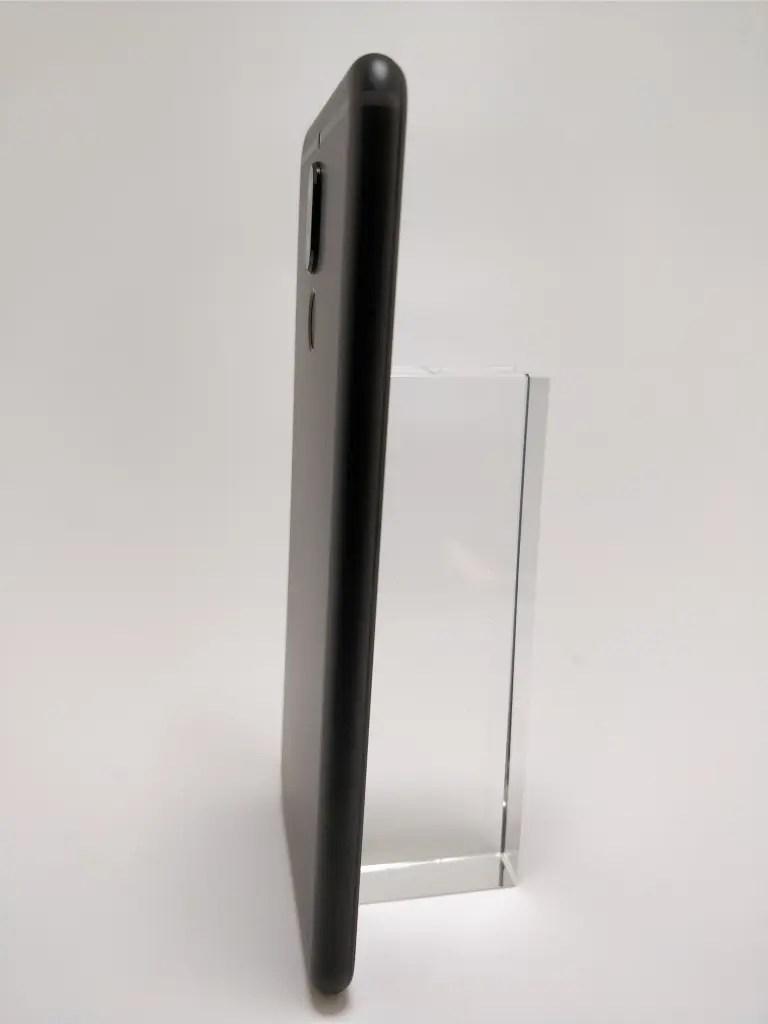 Huawei Mate 10 Lite 裏 1