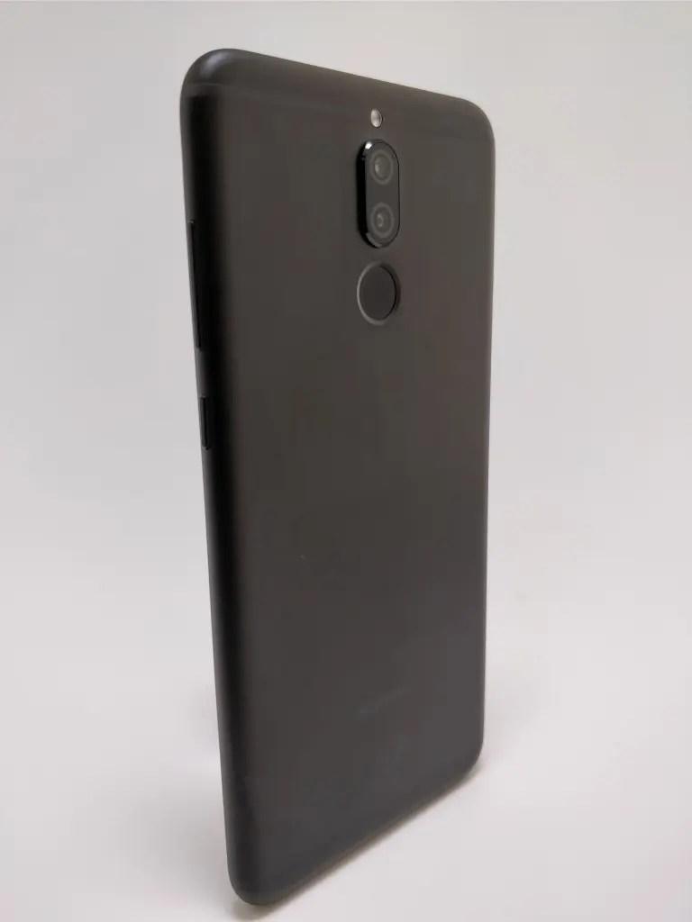 Huawei Mate 10 Lite 裏 10