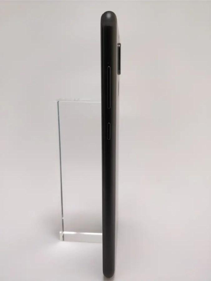 Huawei Mate 10 Lite 裏 14