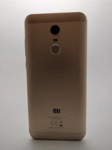 Xiaomi Redmi 5 Plus 裏 17