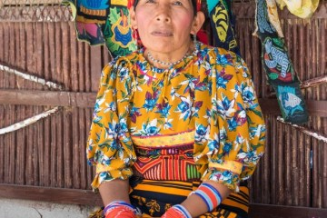 The Kuna Indians of Panama - Article by Rosie Andre for BeYOA Panama Events
