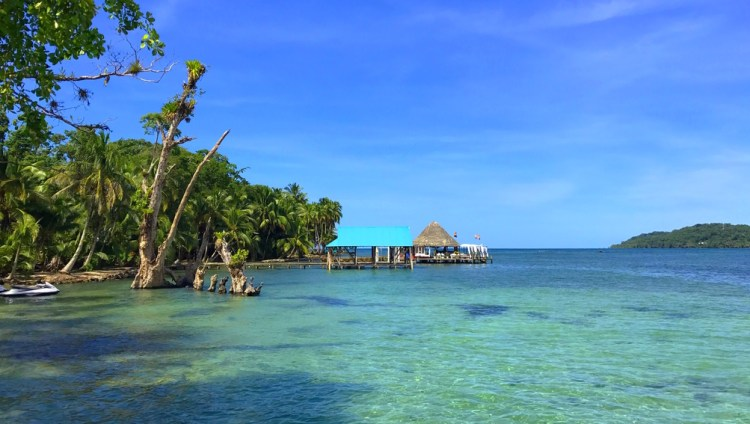 bocas del toro panama ultimate travel guide - BEYOA - Rosie Bell Travel Writer Panama 3