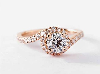 Best Engagement Rings For Different Finger Sizes   Hand Sizes  Images  rose gold twisted halo ring flower engagement rings on hands