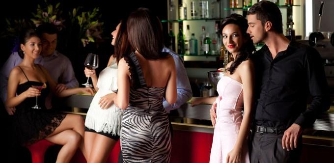 Sexy Cougar Bars in Miami