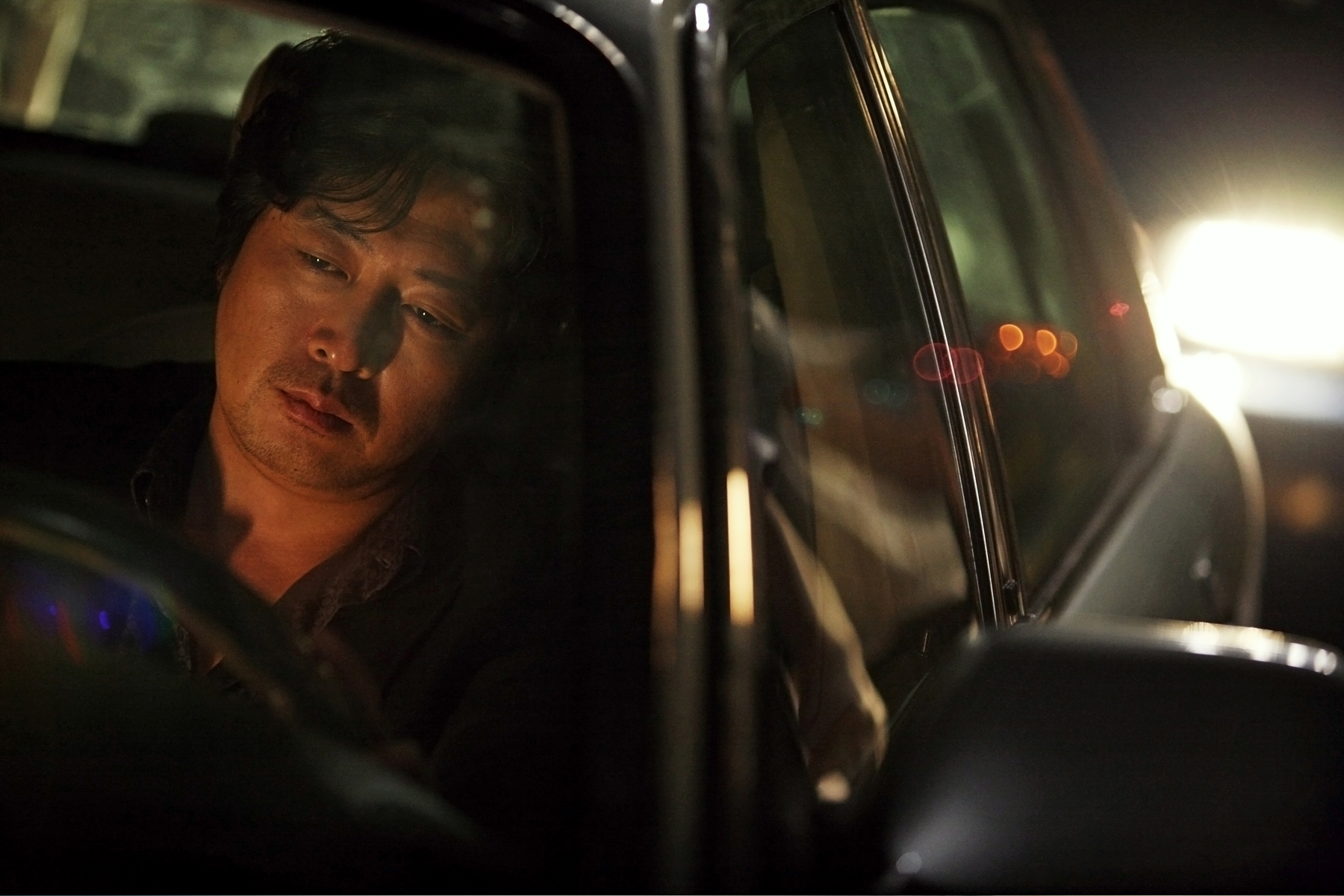 Kim Yoon-Suk has a rough night, The Chaser, 2008