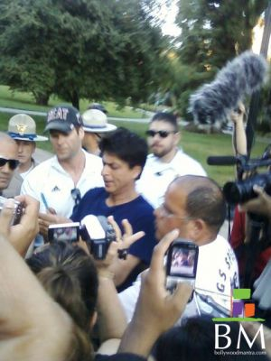 Shah Rukh Khan and friends in San Francisco, My Name Is Khan, 2009
