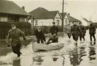 flood-army-evacuation
