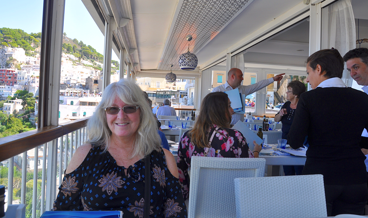 lunch in capri italy