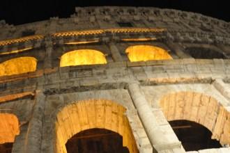 night tour colosseum
