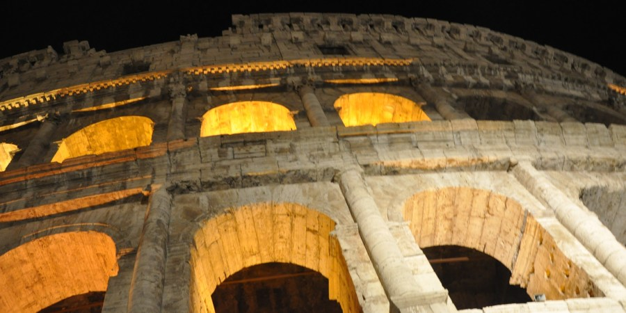 night tour colosseum