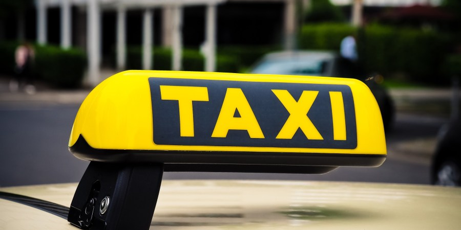 taxi scam while traveling