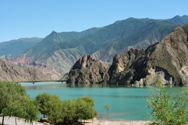 Yellow River starts on the Tibetan plateau