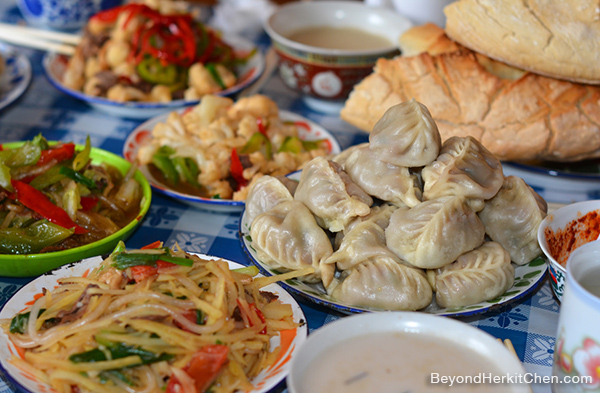 Tibetan food, Tibetan dumplings, yak meat dumplings, Tibetan meal