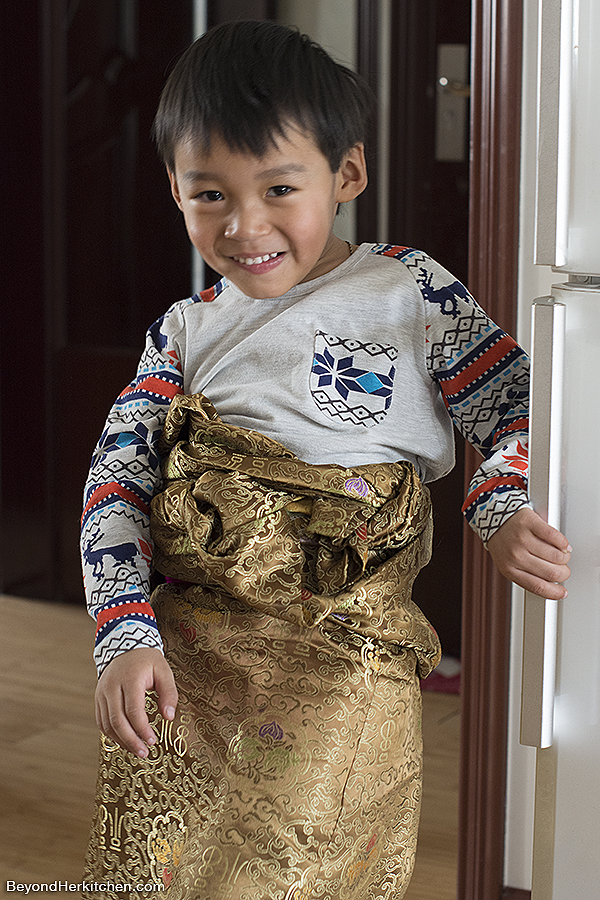 Tibetan boy, Tibetan child, Tibetan Losar celebration