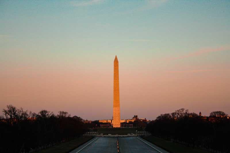 Washington-Monument-during-sunset