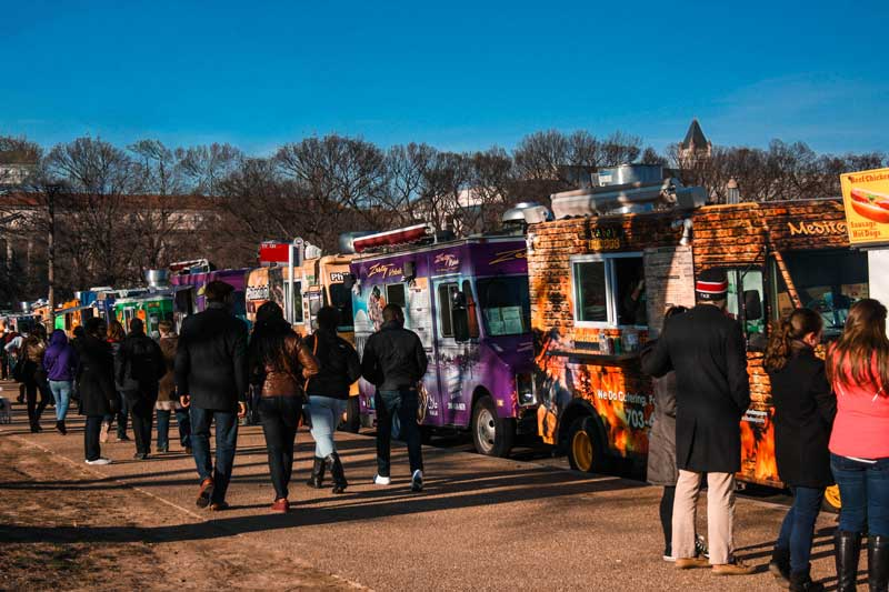 Washington-Monument-foos-trucks
