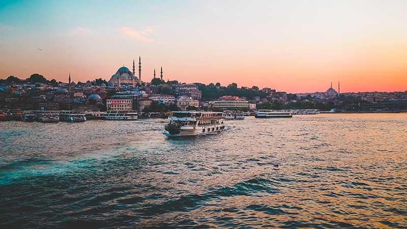 Istanbul Turkey Sunset, Beyond my Border, Turkey itinerary