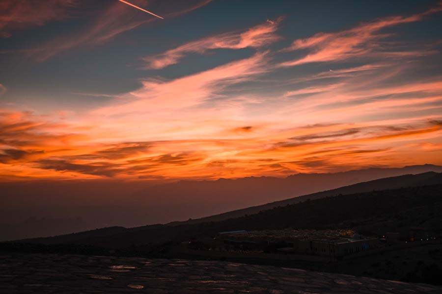 jabal-shams-oman-sunset