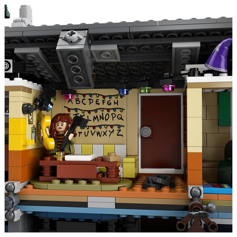 Stranger Things Lego Byer House