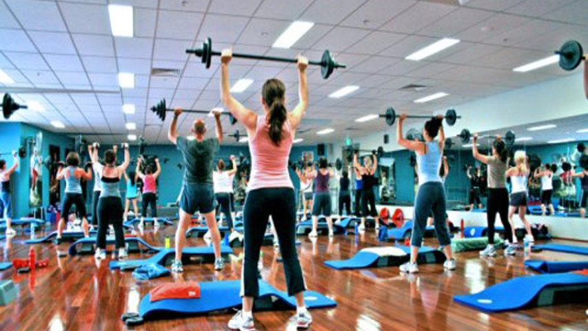 Fitness Classes & Tennis Clinics:  Do They Help or Hurt Personal Training or Private Lessons?