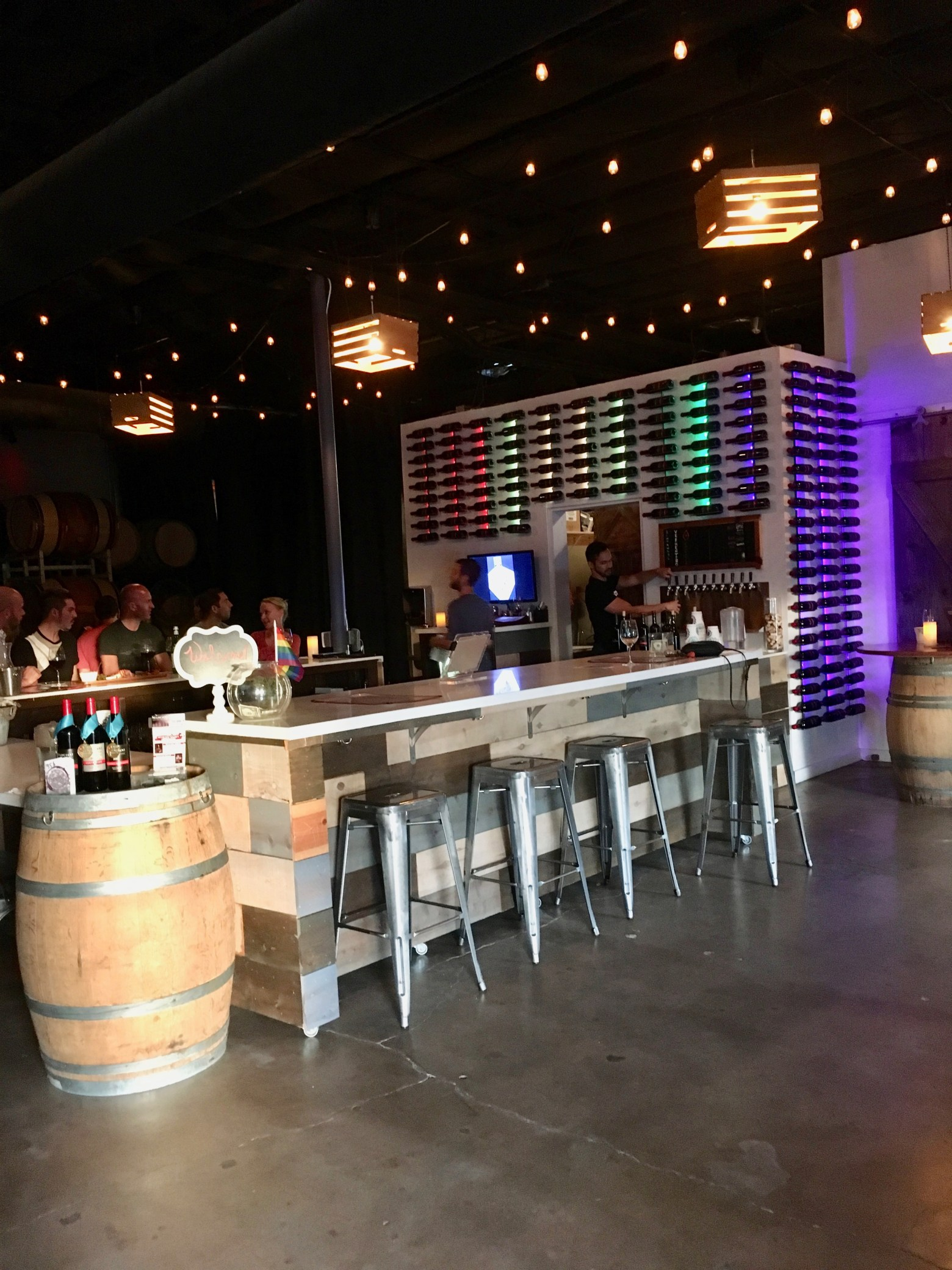 Négociant – Hip & Happening, San Diego Urban Winery