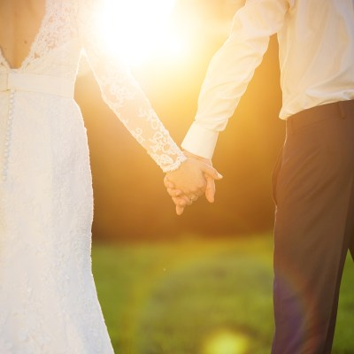 How to Plan an Affordable Wedding: 10 Insanely Smart Ideas
