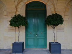 January - don't look for a price list outside this Place des Vosges restaurant