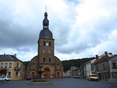 The church, town hall and market square of Gepunsart. The village was a busy nail making centre in the early nineteenth century, before factory production took over the trade.