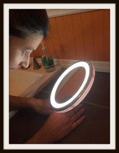 Mirrorvana 5X Magnifying Lighted Vanity Makeup Mirror #Review #Beauty