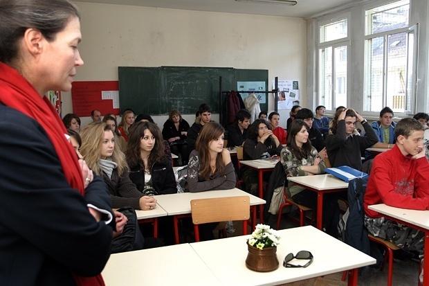 За 80 на сто от учениците в Сливенско българският не е майчин език